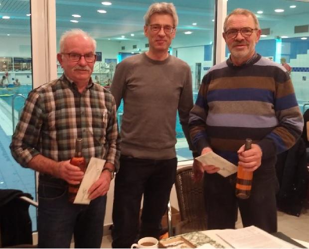 Reinhard Lücht (links) und Klaus rehermenn (rechts) zusammen mit unserem 2. Vorsitzenden bei der Übergabefeier